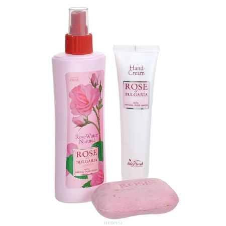Купить Rose of Bulgaria Подарочный набор №2: натуральная розовая вода, мыло с частицами лепестков роз, крем для рук