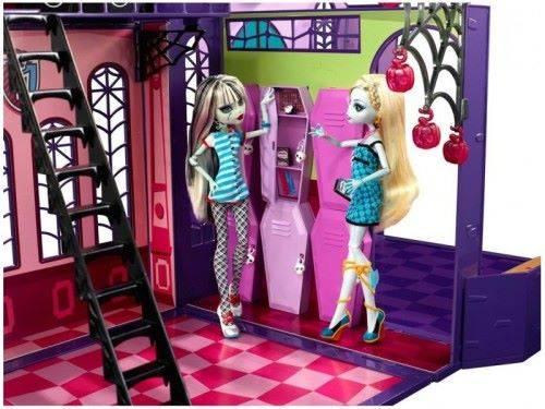 Как сделать дом для кукол монстер хай своими руками