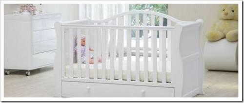 Выбор и покупка детской кроватки для новорожденного