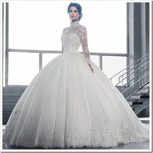 Каким должно быть платье для зимней свадьбы?