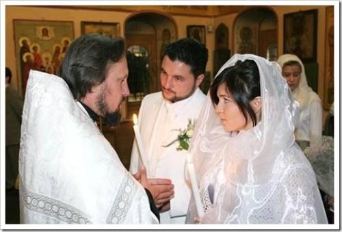 Можно ли передавать платье для венчания?