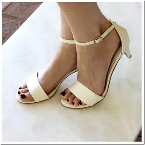 Постарайтесь подобрать сразу несколько пар обуви