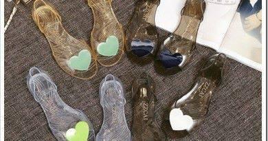 Где дёшево купить обувь?