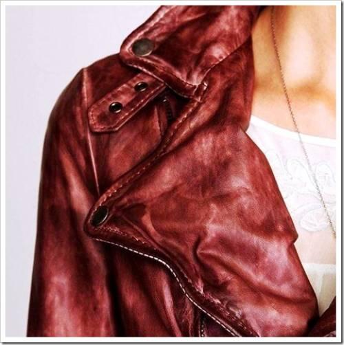 Применение увлажняющих кремов для кожаных изделий