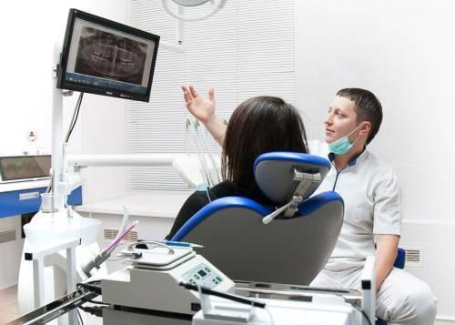 Как проходит консультация стоматолога