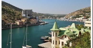 Что лучше: Крым или Сочи?