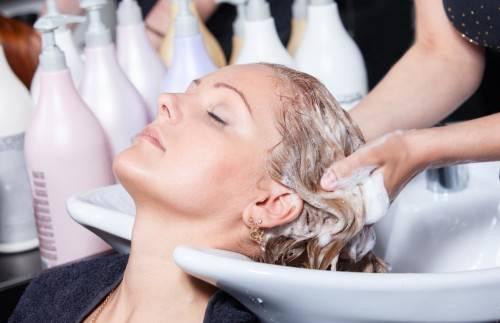 Чем отличается профессиональный шампунь от обычного