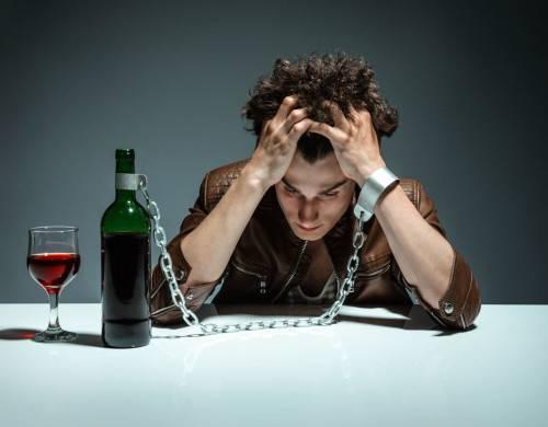 Как кодируют людей от алкоголя