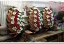 Виды и особенности выбора траурных венков из искусственных цветов
