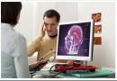 Что лечит врач-невролог и при каких симптомах к нему обращаться