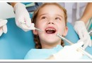 Как проводится лечение молочных зубов у детей